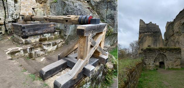 Hradební 60 metrová studna a pohled směrem k vstupní bráně