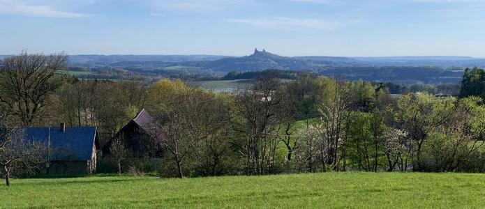 Cestou zpět do Prahy jsme ještě neodolali si vyfotit panorama s Troskami