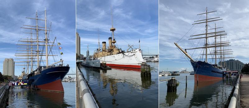 Ani na jedné z kocábek nepřiplul kdysi William Penn. Obří čtyřstěžňová obchodní plachetnice Moshulu slouží dnes jako restaurace, zbylá dvě vojenská plavidla jako vojenská muzea